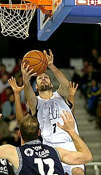 Lucio Angulo, con el Alicante