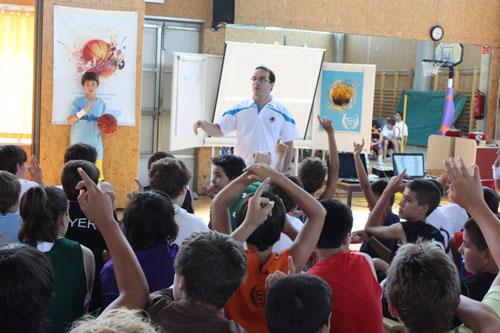 Ocampo, en un campus de formación / JG Básket